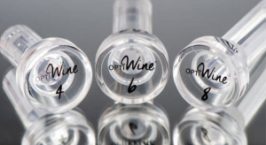Pocket decanter Optiwine, essential for any sommelier